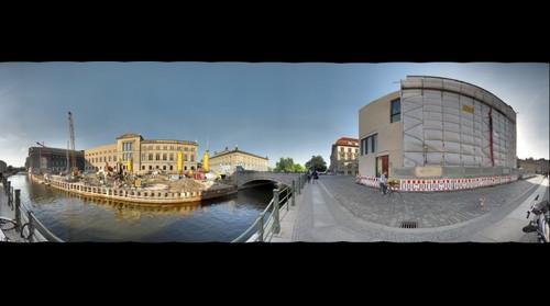 Berlin - Am Kupfergraben / Hinter dem Zeughaus