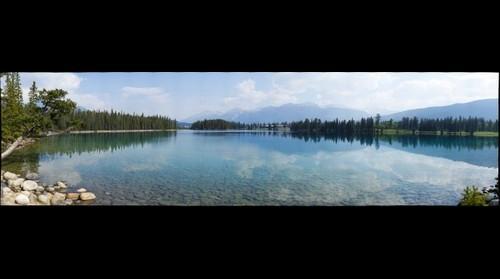 Lac Beauvert and Jasper Park Lodge