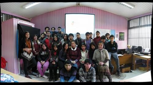 Estudiantes de 8vo Colegio Holanda Valdivia