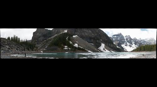 Lake Moraine AB, Canada
