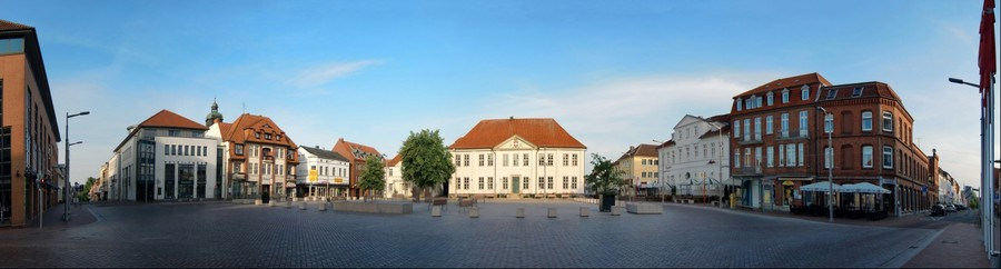 180 Grad - Panorama über den Ratzeburger Marktplatz