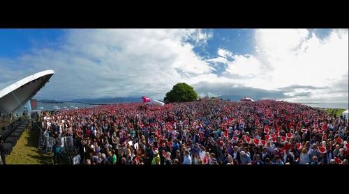 Look for Love - Sommerfesten 2011 - Peace, Love and Understanding - Utoya memorial
