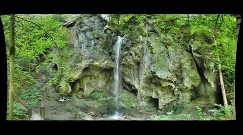 Wasserfall180