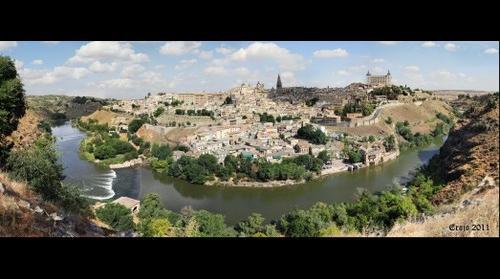 Vista Clasica Panoramica de Toledo