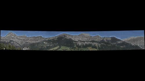 Les aravis vue de Crest-Voland fin aout 2011