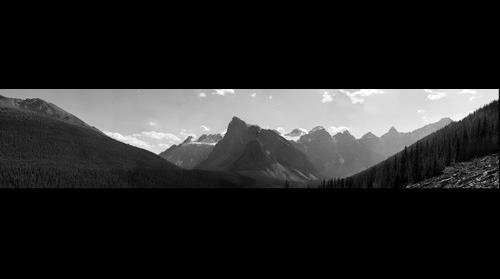 Moraine Lake Range