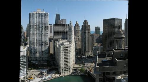 Hotel 71 - Chicago River