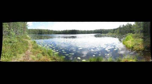 Lake Holma-Saarijarvi in Nuuksio park, Finland