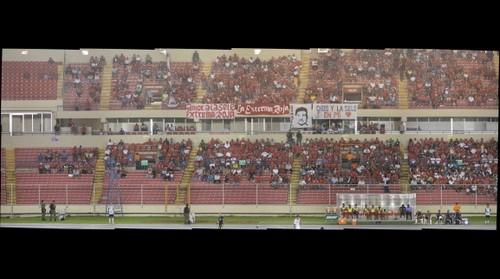 Estadio Rommel Fernandez - Tribuna Extrema Roja