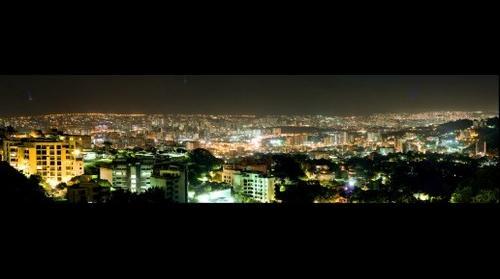 La noche de Caracas desde La Alameda
