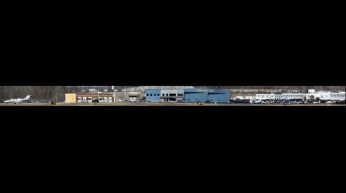 RELIANT AIR at the Danbury CT aiport (KDXR)