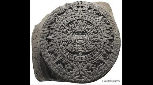 Calendario Azteca • The Aztec Calendar Stone