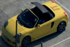 TOYOTA MR 2 OPEN ROOF
