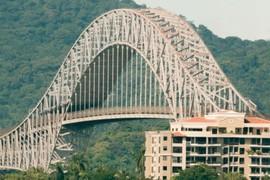 Puente de las Américas.