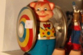 fun clown wind up toy