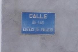 La calle de las cuevas de Palacio