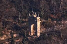 Arco sulla Via Sacra