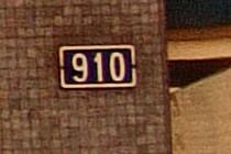 451167-210x140