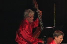 Ik speel de bas