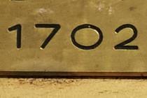 119719-210x140