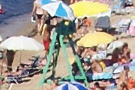 El vigilant de la platja?