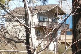 Tan House 12c