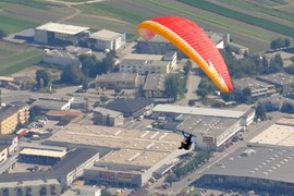 paraglider over innsbruck