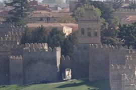 Arco de la Carcel y Espadaña